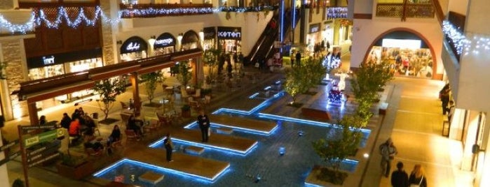 Forum Aydın is one of ALIŞVERİŞ MERKEZLERİ / Shopping Center.