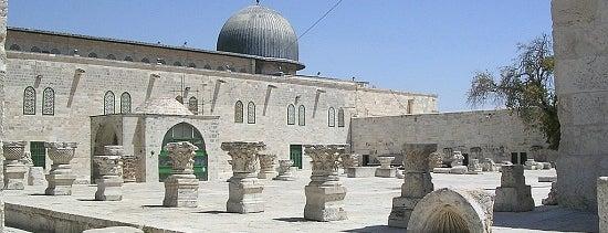 al-Aqsa Mosque is one of boggle.