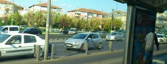 İncirli Metrobüs Durağı is one of Metrobüs Durakları.