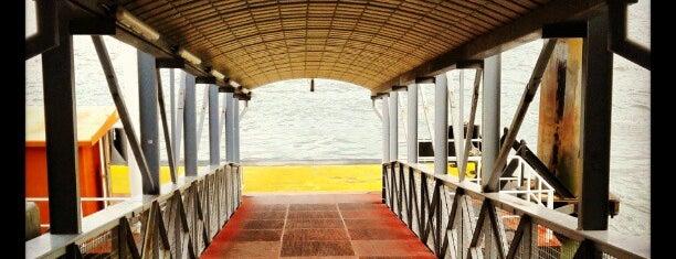 Terminal Fluvial de Cacilhas is one of Estações.