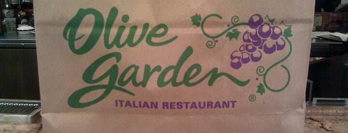 Olive Garden Is One Of The 13 Best Places For Italian Ices In Las Vegas.