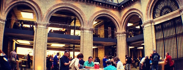 Apple Covent Garden is one of Best places in London, United Kingdom.