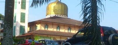 Masjid Al-Firdaus is one of masjid.