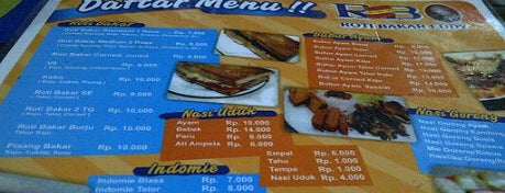 Roti Bakar Eddy is one of Tempat makan OK'lah.