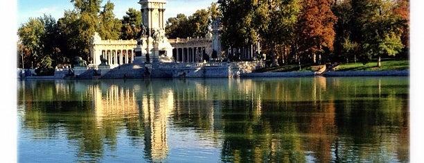 Retiro Park is one of Top 10 favorites places in Madrid, España.