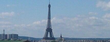 Terrasse des Galeries Lafayette is one of Paris.