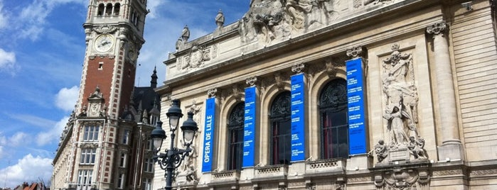 Place du Théâtre is one of À découvrir sur Lille.