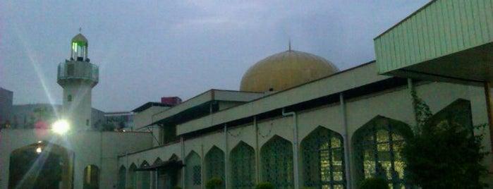 Masjid Darul Ehsan is one of Baitullah : Masjid & Surau.