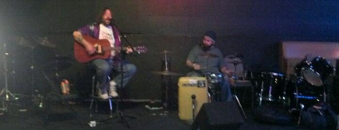Hull Avenue Tavern is one of Iowa's Music Venues.