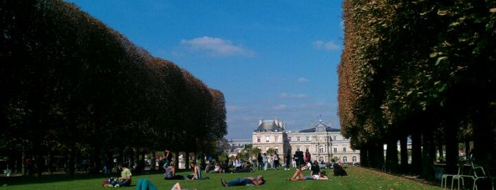 Luxembourg Garden is one of Must-See Attractions in Paris.