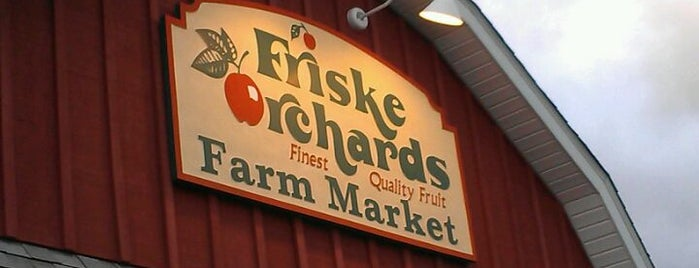 Friske Orchards Farm Market is one of Fun Go-to-Spots.