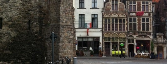 Al Castello is one of Italiaans eten in Gent.