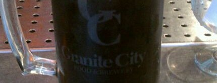 Granite City Food & Brewery is one of Growler fill spots in Indy.
