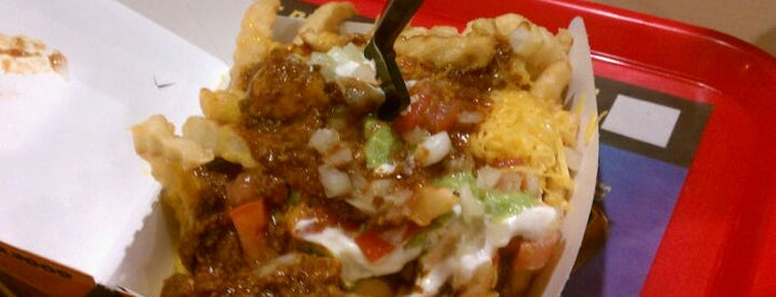 Del Taco is one of The 15 Best Places for Chicken Burritos in Los Angeles.