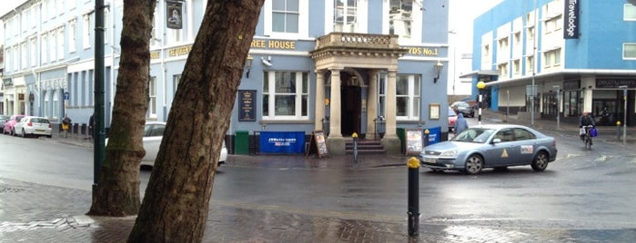 The Queen's Hotel (Wetherspoon) is one of Things around Newport.