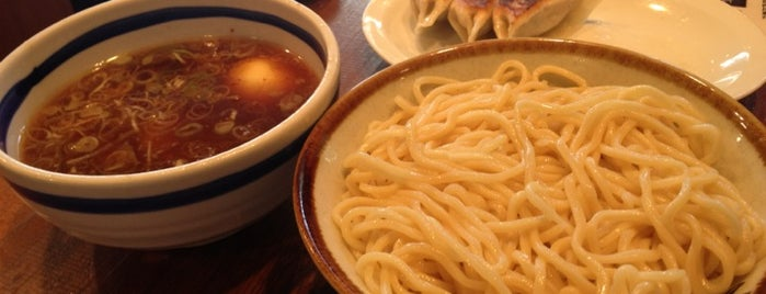 お茶の水 大勝軒 is one of ラーメン(東京都内周辺).