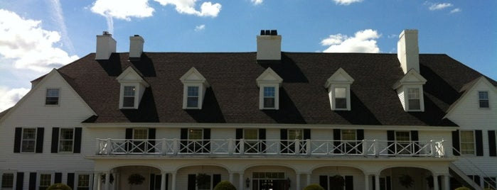 The Lucerne Inn is one of Maine!.