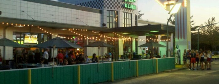 Quaker Steak & Lube is one of Eateries!.