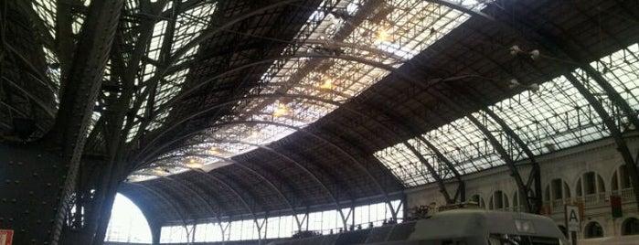 Barcelona França Railway Station is one of Barcelona.