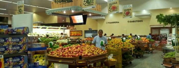 Super Max Supermercados is one of Lista Pessoal.