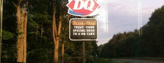 Dairy Queen is one of My Favorite Places To Eat.