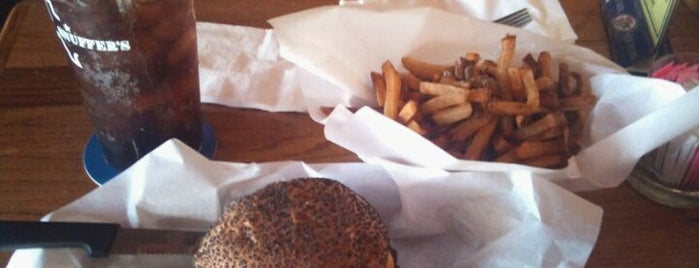 Snuffer's Bar & Grill is one of Burgers!.