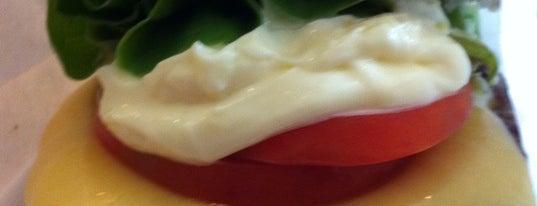 Achapa Hamburger is one of Hamburguerias.