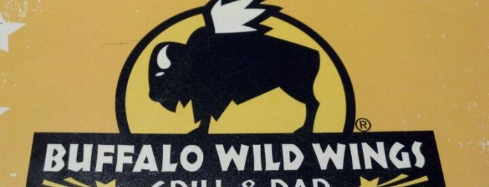 Buffalo Wild Wings is one of Fort Wayne Food.