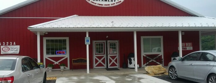 Rocky Point Creamery is one of Places I visit.