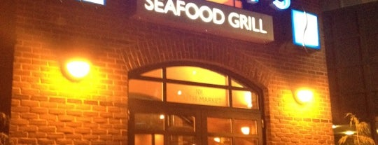 Harry's Seafood Grill is one of Favorites.