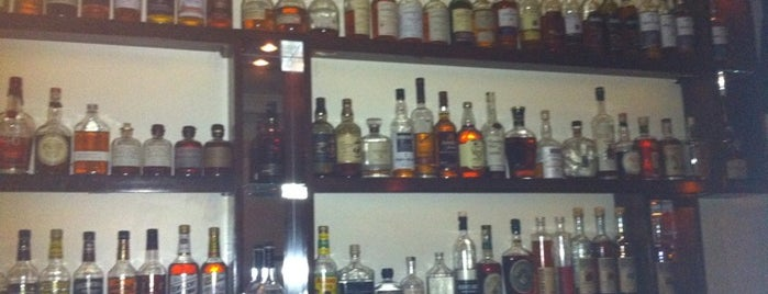 Noorman's Kil is one of Comprehensive List of Bars in Williamsburg Bklyn.