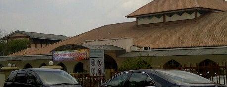 Masjid Abu Bakar Al-Siddiq is one of Baitullah : Masjid & Surau.