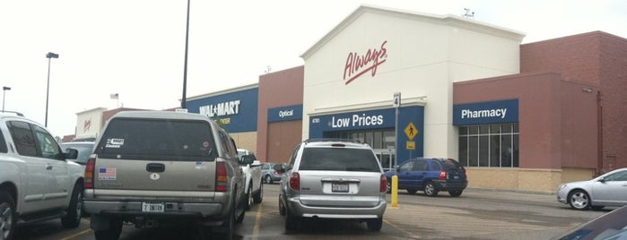 Walmart Supercenter is one of Guide to Roscoe's best spots.