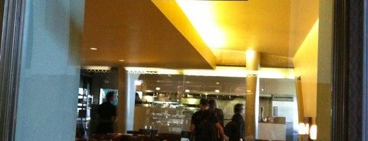 Traxx Bar is one of David & Dana's LA BAR & EATS!.