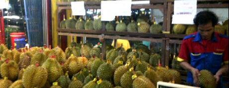 Rumah Durian Harum is one of My favorites for Restaurants.