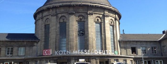 Köln Messe/Deutz Railway Station is one of Ausgewählte Bahnhöfe.