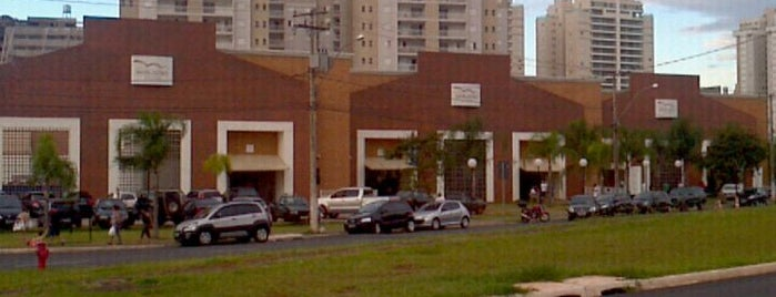 Novo Mercadão Cidade is one of Voltar.