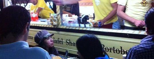 Don Kebab FT is one of Los 57 Mejores Restaurantes del DF.