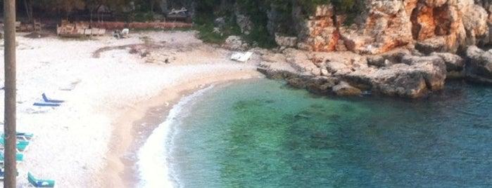 Büyük Çakıl Plajı is one of Gezmece ve Yemece.