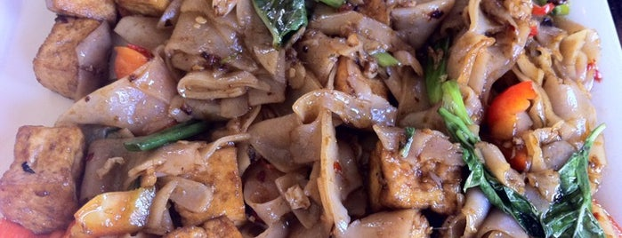 Mu Restaurant is one of Pad Kee Mao in the IE - Who Does It Best.