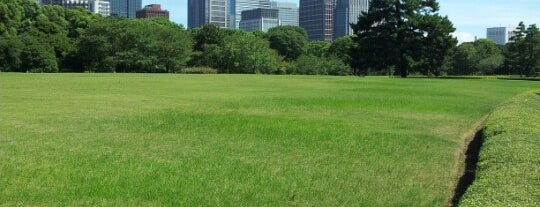 Imperial Palace East Garden is one of 東京散策♪.