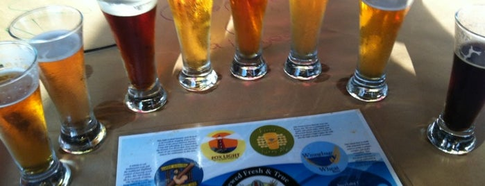 Fratellos Waterfront Restaurant & Brewery is one of Chicagoland Breweries.