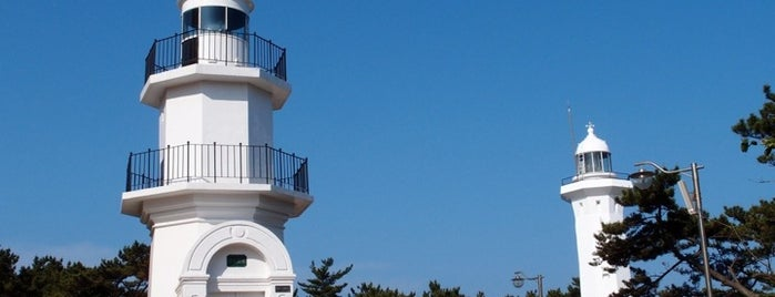 Ulgi Lighthouse is one of Korean Early Modern Architectural Heritage.