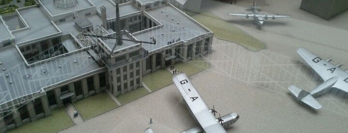 Croydon Airport is one of To Do.