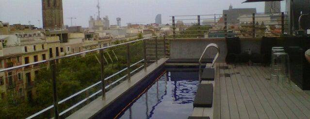 Rooftop Terras @ Hotel Bagués is one of Mejores Terrazas en Barcelona.