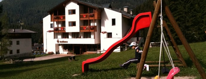 Ski residence - wellness and family is one of Slow Trek Trentino.