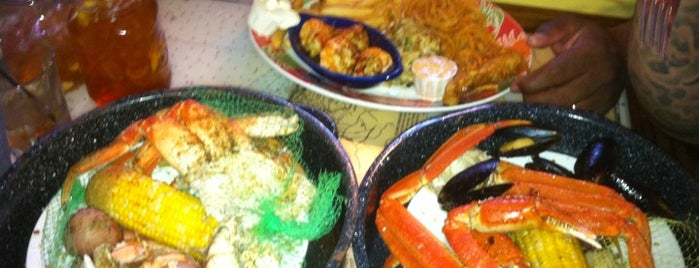 Joe's Crab Shack is one of Repeat places.