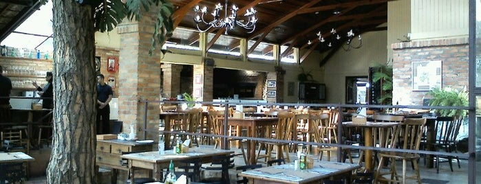 Solare Forno e Grelha is one of Restaurantes.