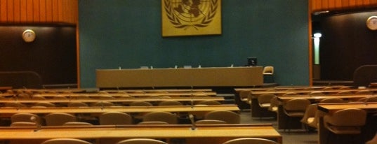 Palais des Nations is one of My Switzerland Trip'11.