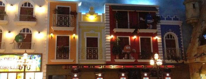 Caribbean Cinemas is one of Tiendas en PLAZA.